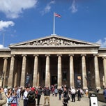 Photo taken at British Museum by Pipa E. on 5/27/2013