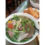 Photo taken at Phở 10 Lý Quốc Sư by Ken H. on 5/20/2013
