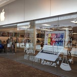 Photo taken at Apple Store, The Westchester by sam p. on 7/20/2013