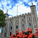 Photo taken at White Tower by Marcus D. on 8/16/2013
