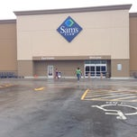 Photo taken at Sam's Club by Dafer A. on 9/20/2013