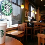 Photo taken at Starbucks by Matheus G. on 9/29/2012