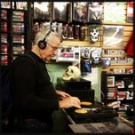 Photo taken at The Record Exchange by Katalin E. on 5/13/2013