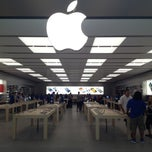 Photo taken at Apple Store, SouthPark by Art C. on 6/6/2013