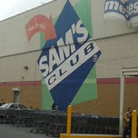 Photo taken at Sam's Club by Kique O. on 7/19/2013