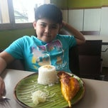 Photo taken at Chicken Bacolod by Rowie L. on 4/15/2014