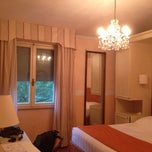 Photo taken at Villa Carlotta Hotel Florence by Jun S. on 9/14/2014