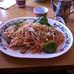 Photo taken at Wah Kee Noodle Restaurant by Cindy G. on 3/22/2014