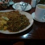 Photo taken at Gari Restaurant by Rolandi S. on 10/26/2012