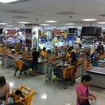 Photo taken at 이마트 (E-mart) by eAsTiN S. on 8/26/2013