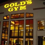 Photo taken at Gold's Gym by Gold's Gym on 10/6/2014