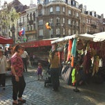 Photo taken at Marché de la place van Meenen / Markt van Meenenplein by Jean-Sebastien L. on 7/8/2013