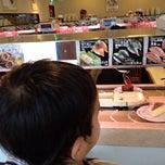 Photo taken at スシロー 西宮東町店 by Yoshiteru T. on 8/28/2012