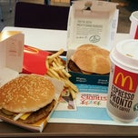 Photo taken at McDonald's by Helen A. on 11/23/2014