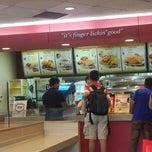 Photo taken at KFC by Nila A. on 5/3/2015