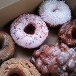 Photo taken at Top Pot Doughnuts by Hafiz H. on 1/27/2013