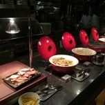 Photo taken at 十二廚自助餐 Kitchen 12 by Edward C. on 12/11/2014