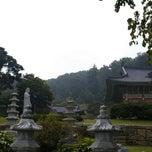 Photo taken at 광명선원 (光明禪院) by Jung Hyun B. on 9/9/2014