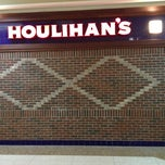 Photo taken at Houlihan's by Paul on 1/21/2013