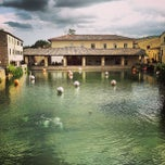 Photo taken at Bagno Vignoni by Sergey M. on 9/17/2013