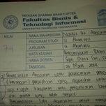 Photo taken at Universitas Teknologi Yogyakarta (UTY) by Novalia Ika A. on 4/29/2014