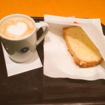 Photo taken at EXCELSIOR CAFFE 心斎橋店 by Naosuke on 3/10/2015