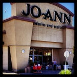 Photo taken at Jo-Ann Fabrics & Crafts by Kouros M. on 6/29/2013