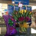 Photo taken at Escuela de Servicio Walmart Chile by EnamoraconRosas F. on 11/18/2014