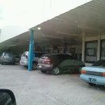 Photo taken at El Machetazo by Enrique R. on 4/8/2012