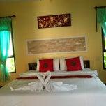 Photo taken at Pranburinoi Resort by Mooaun on 8/12/2013