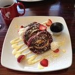 Photo taken at Kanela Breakfast Club by Ryan! on 4/18/2013