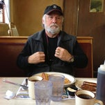 Photo taken at Park Ridge Family Restaurant by Cindy Bergeron S. on 11/25/2012