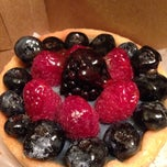 Photo taken at Artisans Bakery & Cafe by Valerie R. on 9/14/2014