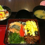 Photo taken at Yayoi (ยาโยอิ) by Pramote M. on 6/10/2013
