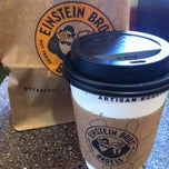 Photo taken at Einstein Bros Bagels by rocío aracelis ú. on 5/8/2013