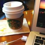 Photo taken at Starbucks Coffee 札幌ステラプレイス センター1階店 by Kéita on 4/17/2013
