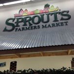Photo taken at Sprouts Farmers Market by Joe R. on 5/25/2013