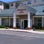 Photo taken at Residence Inn by Jeffrey H. on 6/15/2013