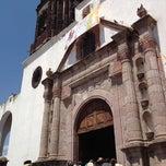 Photo taken at Iglesia del Señor De Las Maravillas by Carlito . on 3/23/2012