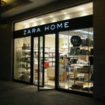 Photo taken at Zara Home 飒拉家居 by Youngrae Roh on 8/23/2011