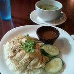 Photo taken at Bennie's Thai by Emm P. on 9/4/2012