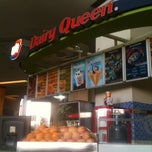 Photo taken at Dairy Queen by Henky H. on 8/31/2011