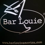 Photo taken at Bar Louie Easton by Daylon H. on 6/26/2012