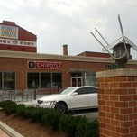Photo taken at Chipotle Mexican Grill by John C. on 7/24/2012