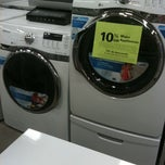 Photo taken at Lowe's Home Improvement by Heidi S. on 8/7/2011