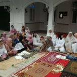 Photo taken at musholla raudhotus su'adaa' by Muhammad U. on 8/30/2011