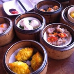 Photo taken at Yuan Garden Dim Sum House by Daryl T. on 9/25/2011