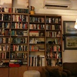 Photo taken at The Reading Room by Jean L. on 7/25/2012