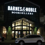 Photo taken at Barnes & Noble by Shailesh G. on 4/5/2012