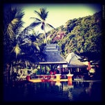 Photo taken at Pariya Resort & Villas Haad Yuan Koh Phangan by Kittiphong B. on 7/15/2011